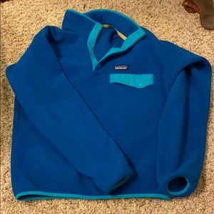 Patagonia pullover men's S fits like women's L